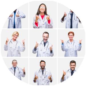 Kollage von Ärzten die ihre Daumen nach oben zeigen lassen